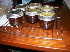 Soft Drink Jelly (try Cream Soda, Orange, Mello Yello or Strawberry) Dr Pepper Jelly Recipe, Beer Jelly Recipe, Jam Recipes, Canning Recipes, Canning 101, Canned Food Storage, Carbonated Drinks, Jam And Jelly, Cream Soda