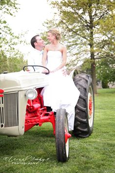 Wedding Photography, country themed weddings  www.eternalimage.org
