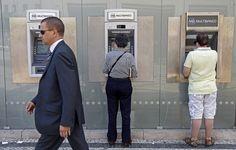 Desde Outubro, todos os bancos são obrigados a ter contas de serviços mínimos bancários. Basta o cliente pedir por escrito no respectivo balcão.