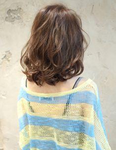 カジュアルフェミニンなロブ(KU-358)   ヘアカタログ・髪型・ヘアスタイル AFLOAT(アフロート)表参道・銀座・名古屋の美容室・美容院