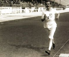 London Olympics 1908 - Great Brittain's George Larner strides home to win gold in the 3500m Walk.