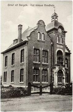Gemeentehuis, Burgemeester Magneestraat 1 - 1931