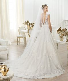 Pronovias Costura and Dreams 2014 Pre-Collections