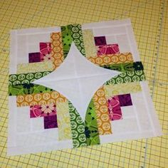 Quick Curve Log Cabin quilt block