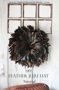 Easy DIY Juju Hat from headdresses! via Vintage Farm Furniture Feather Wall Art, Juju Hat, Hat Tutorial, Feather Crafts, Diy Hat, Vintage Farm, Diy Projects To Try, Decoration, Easy Diy