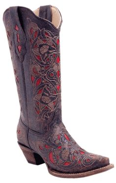 The detail work on these boots is amazing!  If I were the cowboy boot-wearing type.  Which I am not.  Yet.