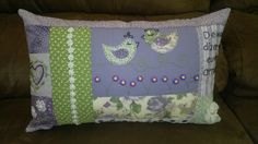 almofada lilás