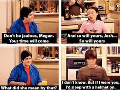 """18 Times Megan Parker From """"Drake & Josh"""" Was The Sassy Little Badass We Needed Grumpy Cat Humor, Funny Cat Memes, Funny Cartoons, Funny Gifs, Memes Humor, Funny Quotes, Jokes, Drake Bell, Anxiety Cat"""