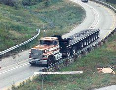 1982 Ford Louisville Tractor Trailer Photo Magic Steel wl6974-F2GLLH