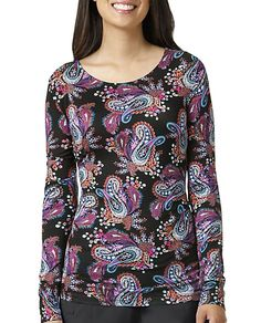 The Vera Bradley Signature Long Sleeve Knit Layer Print Tee is made with stretch fabric that feels great to wear. Printed Tees, Stretch Fabric, Vera Bradley, Long Sleeve Tees, Layers, Knitting, Womens Fashion, Sleeves, Tricot