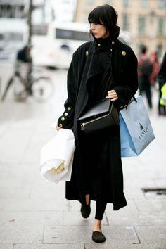 Model Street Style: Jamie Bochert's Dark Coat