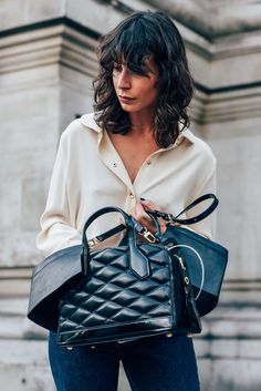 September 20, 2015 Tags Louis Vuitton, London, Irina Lakicevic, J.W. Anderson, Bags, SS16 Women's