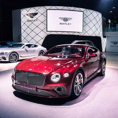 New Bentley Continental GT 2018 - Interior Bentley Auto, New Bentley, New Sports Cars, Super Sport Cars, Super Car, Bentley Continental Gt, Bmw M5 E39, Amazing Cars, Fast Cars