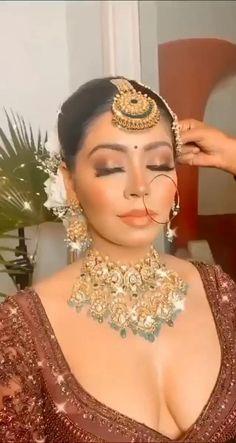 Pakistani Bridal Makeup, Asian Bridal Makeup, Indian Wedding Makeup, Asian Bridal Dresses, Indian Wedding Hairstyles, Bridal Makeup Looks, Indian Bridal Fashion, Bride Makeup, Wedding Hair And Makeup