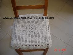 Crochet Pillow, Crochet Doilies, Pillow Covers, Projects To Try, Crochet Patterns, Pillows, Chair, Furniture, Cheesecake