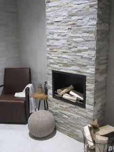 Steenstrips woonkamer, natuurstenen strips