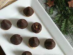 Dobrou chuť: Vosí hnízda - včelí úly Almond, Food, Essen, Almond Joy, Meals, Yemek, Almonds, Eten