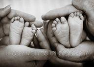 newborn twin picture ideas