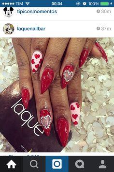 😍❤️ Dope Nails, Red Nails, Holiday Nails, Christmas Nails, Gorgeous Nails, Pretty Nails, Laque Nail Bar, Valentine's Day Nail Designs, Valentine Nail Art