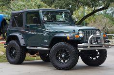 2001 Jeep Wrangler $13995 http://www.selectjeeps.com/inventory/view/9593032