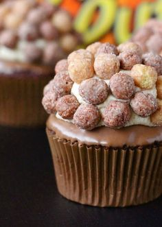 Reese Puffs cupcakes with peanut butter icing. I LOVE Reeses Puffs. Cupcake Recipes, Cupcake Cakes, Dessert Recipes, Baby Cakes, Top Recipes, Cupcake Ideas, Cookie Recipes, Just Desserts, Delicious Desserts