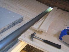Puusuutari: Saunan puulattian työvaiheita| Tähän blogiin kannattaa tutustua, jos haluaa saunaan perinteisen puulattian. #sauna