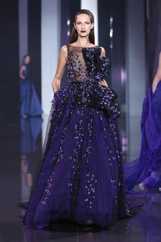 ralph russo  fashion | Ralph & Russo : Runway - Paris Fashion Week : Haute-Couture Fall ...  -Reminds me of the nightsky