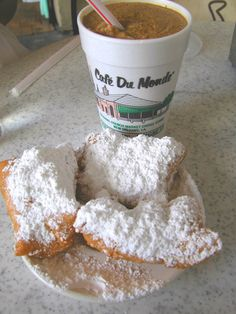 Cafe Du Monde ... New Orleans ...aww. I love it!