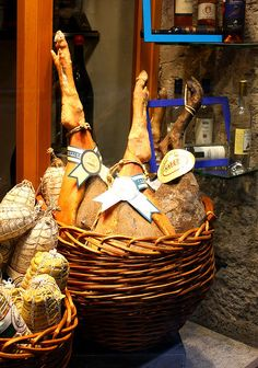The best ham in many varieties #LeMarche