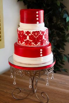 Red and white damask wedding cake