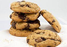 Gluten-Free Chocolate Chip Cookies Recipe in a Blendtec or Vitamix blender Best Choc Chip Cookies, Secret Chocolate Chip Cookie Recipe, Gluten Free Chocolate Chip Cookies, Pumpkin Chocolate Chips, Baking Recipes, Cookie Recipes, Dessert Recipes, Desserts, Protein Cake