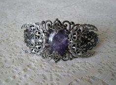 Moon crest ring