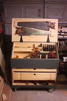 Dutch Tool Chest #7: Maximizing Space with Drawers - by Brandon @ LumberJocks.com ~ woodworking community