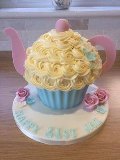 Girls Tea Party, Princess Tea Party, Tea Party Birthday, 3rd Birthday, Birthday Ideas, Big Cupcake, Giant Cupcake Cakes, Tea Party Cupcakes, Party Cakes