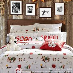 Shop christmas bedding from Pottery Barn Teen. Our teen furniture, decor and accessories collections feature fun and stylish christmas bedding. Create a unique and cool teen or dorm room. Plaid Bedding, Twin Xl Bedding, Bedding Decor, Duvet Bedding, King Comforter, Comforter Sets, Girls Duvet Covers, Bed Duvet Covers, Flannel Duvet Cover