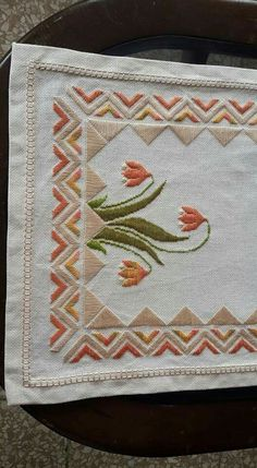Discover thousands of images about Imagen relacionada Swedish Embroidery, Hardanger Embroidery, Types Of Embroidery, Ribbon Embroidery, Cross Stitch Embroidery, Embroidery Patterns, Cross Stitch Patterns, Bargello Needlepoint, Swedish Weaving