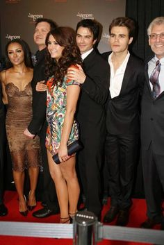 the vampire diaries cast tvd 100 party