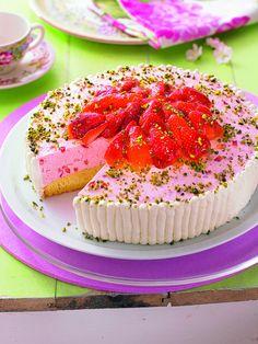 Cremige Erdbeertorte -  Eine fruchtige Torte mit Erdbeeren für den Sommer