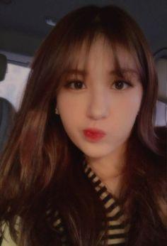 Produce 101, Kpop Girl Groups, Kpop Girls, Pretty People, Beautiful People, Jeon Somi, My Idol, Makeup Looks, South Korean Girls