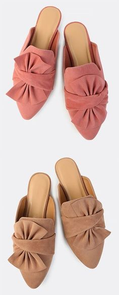Online shopping for Faux Suede Bow Slip On Flats MAUVE from a great selection of women's fashion clothing & more at MakeMeChic. Ugly Shoes, Sock Shoes, Shoe Boots, Mule Sandals, Mules Shoes, Shoes Sandals, Pretty Shoes, Beautiful Shoes, Mule Plate