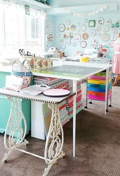Find tons of vintage inspiration and style for your sewing space in this Sewing Room Studio Reveal! This room is full of color and creative storage ideas, along with vintage furniture and colorful decor! Sewing Room Design, Sewing Room Decor, Craft Room Design, Sewing Spaces, Sewing Room Organization, My Sewing Room, Craft Room Storage, Sewing Studio, Craft Rooms