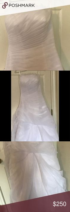 Beautiful NWT wedding dress, size 0-5 +supplies Beautiful new with tags wedding dress. Adjustable from size 0-5  interior hooks make alterations unnecessary . Included with this dress is a large box full of wedding decorations. There is a For a bridal veil, bridal hankies, two big rolls of pearls, and about 25 packages of flowers , Materials to decorate and make corsages . Make us an offer, we are anxious to see it used to make some girl happy. Proceeds go to Project Hope ,   A ministry to…