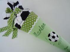 Schultüten - Schultüte Fußball grün - ein Designerstück von AtelierKleeblatt bei DaWanda
