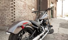 2014 Harley-Davidson® Softail® Softail Slim® Motorcycles Photos & Videos