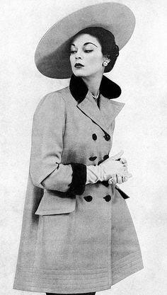 Wide brim, sideways hat - 1950's Model Jean Patchett