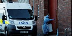 Bomb disposal squad deployed in central #England after arrests