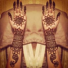 20 Outstanding Bridal Mehendi Designs For Your Wedding Day�
