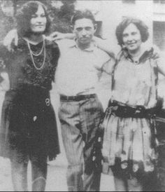 Clyde with sisters, Nell and Artie Barrow. - Clyde was the fifth of seven children of Henry Basil Barrow (1874–1957) and Cumie T. Walker (1874–1943). They migrated, piecemeal, to Dallas in the early 1920s as part of a wave of resettlement from the impoverished nearby farms to the urban slum known as West Dallas. The Barrows spent their first months in West Dallas living under their wagon. When father Henry had earned enough money to buy a tent, it was a major step up for the family
