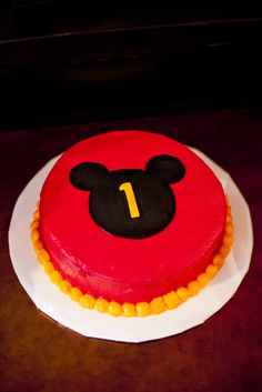 Cake at a Mickey Mouse Party #mickeymouse #partycake