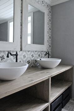 Lovely sinks, faucets, and tile